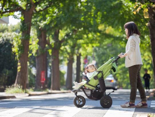 Wózek dla dziecka – na co zwrócić uwagę przy zakupie
