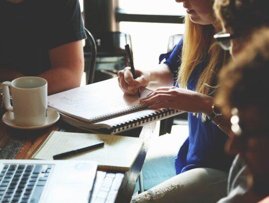 W jakie artykuły należy zaopatrzyć każde biuro?